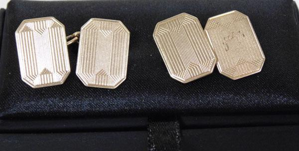 Pair of solid 9ct Gold cuff links