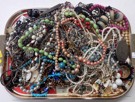 Large tray of costume jewellery