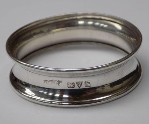 Sterling silver Chester hallmarked napkin ring - circa 1912
