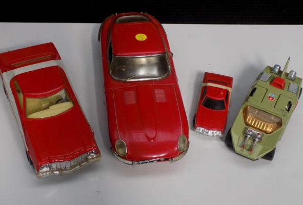 4 Diecast cars including Starsky & Hutch