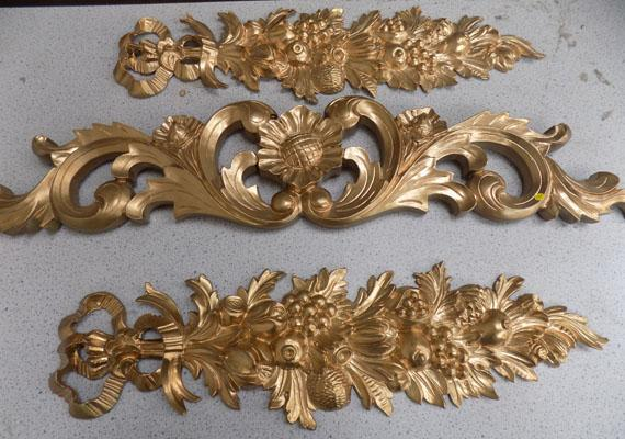 3x Decorative mouldings