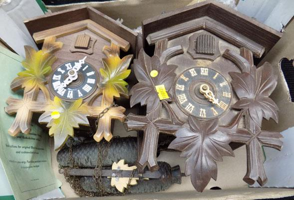 2x Cuckoo clocks for restoration