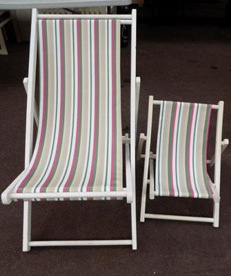 1 Large & 1 small deck chairs