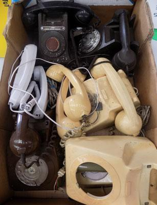 2x Bakelite telephones & other spare