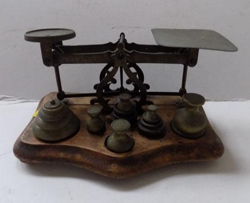 Postal scales & weights
