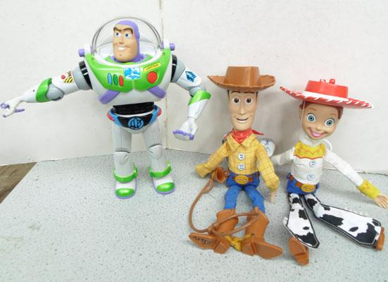 3x Toy Story figures