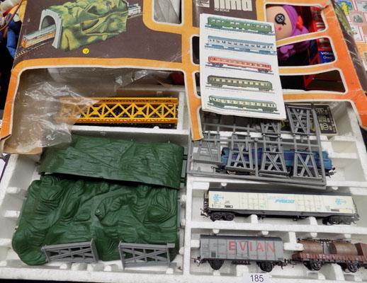 Lima HO scale train set