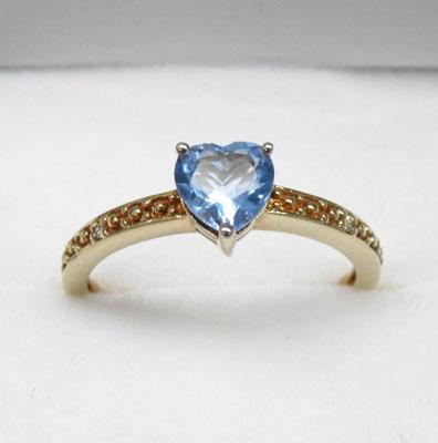 9ct gold London blue topaz heart ring and diamond accent - size O