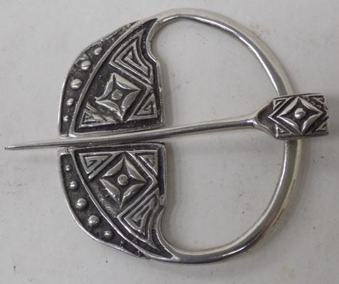Iona sterling silver brooch - Scotland