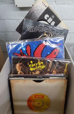 Box of singles, rock, punk, new wave, demo & pop