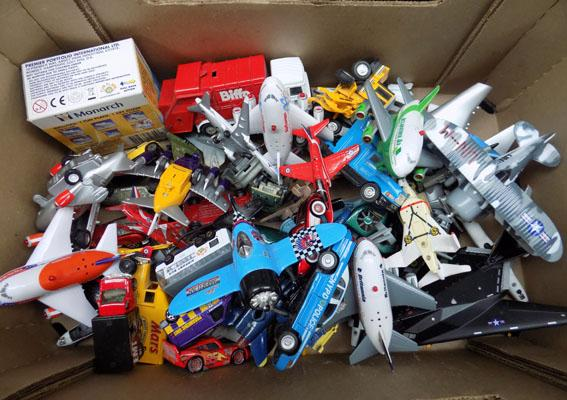 Mixed box of Die Cast vehicles, incl. Corgi, 'Cars' vehicles, Hot Wheels etc...
