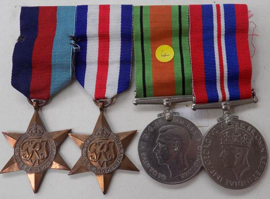 Grouping bar WW2 medals (4)