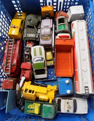 Tray of 1960/70's diecasts incl: Dinky & Corgi
