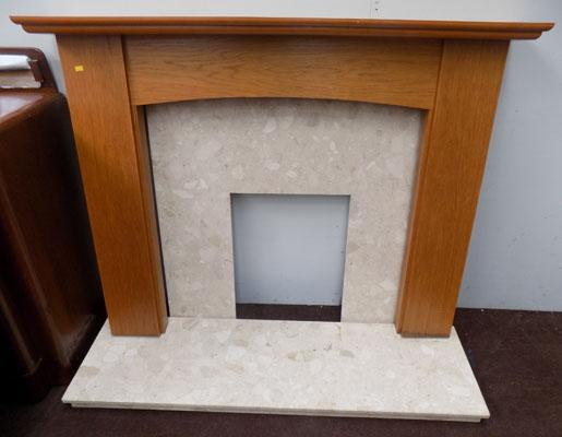 Fire surround with marble back and heath