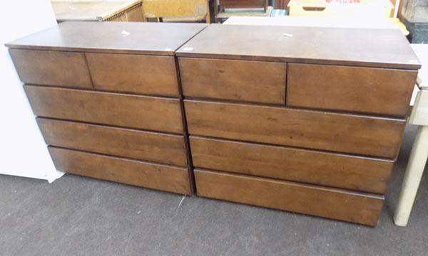 2 sets of 2on3 drawer units