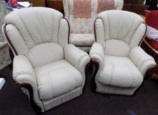 Pair of cream armchairs (1 electric)