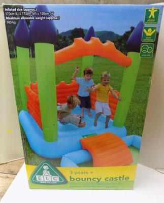 Child's bouncy castle - New in box