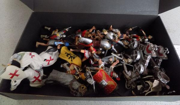 Selection of Papo figures & horses plus some Schleich figures