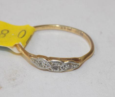 18ct gold and platinum ring with diamond stars