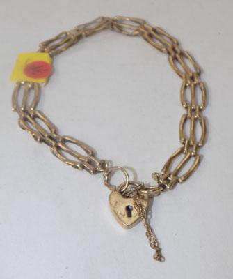 9ct gold gate bracelet with heart lock clasp - 5 grams