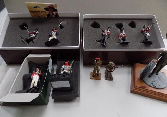 2x Brittains boxed sets model toy soldiers-mint condition & 3x metal model soldiers
