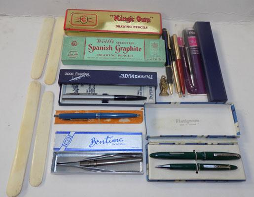 Large selection of pens