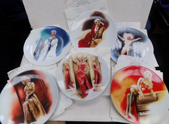 6 Marilyn Monroe plates with certificates