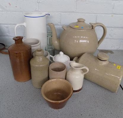 Collection of stoneware incl. large teapot