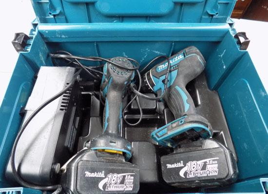Makita twin set with 2 batteries