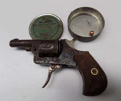 Old blank firing pistol with blanks tin & 1 blank