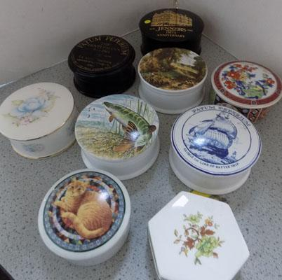 Collection of trinket boxes, incl. Sadler & Wedgewood