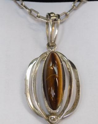 "925 silver tigers eye pendant and 20"" heavy silver chain"