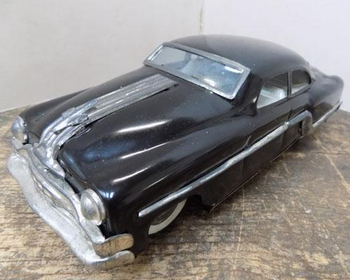 Vintage tin plate friction car w/o