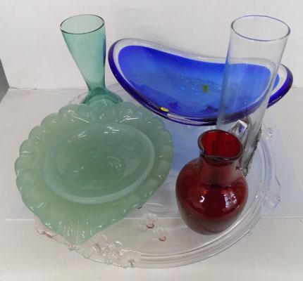 7 pieces of coloured glass, incl. Whitefriers