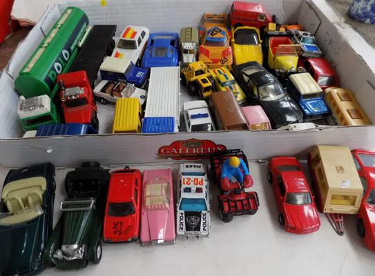 Box of assorted diecast