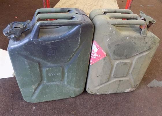 2x Jerry cans