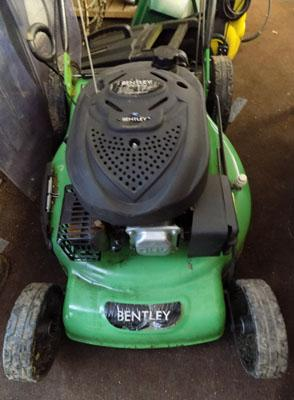 Bentley lawnmower with box W/O