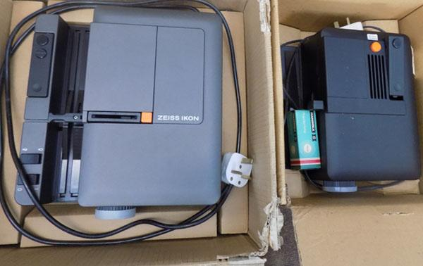 Projector Perko R1500 AFS & 1 other