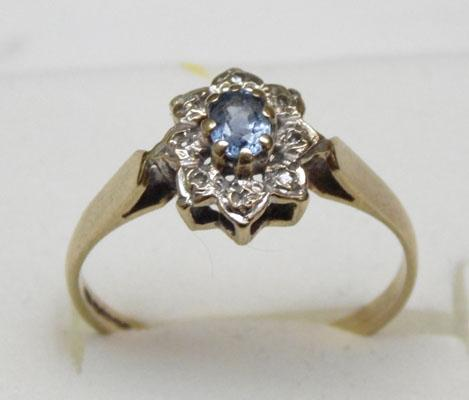 9ct gold Tanzanite and diamond cluster ring approx. size L1/2