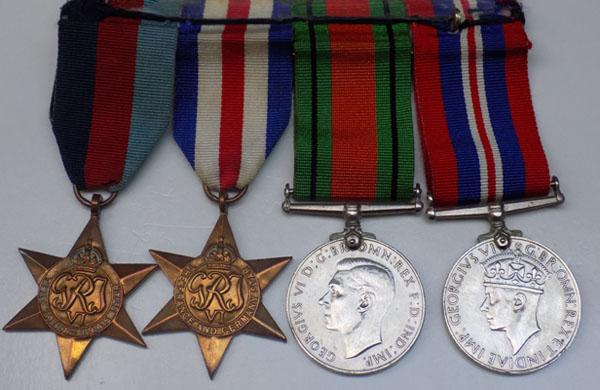 4x WWII medals 1939-45 Star France & Germany star & 2x Defence medals