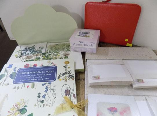 Small selection of stationary items