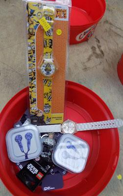 Job lot of new items incl. watch, car phone etc.