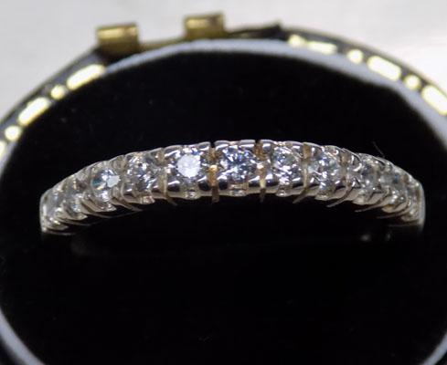 Sterling 925 silver sparkling CZ ring - approx. size M 1/2