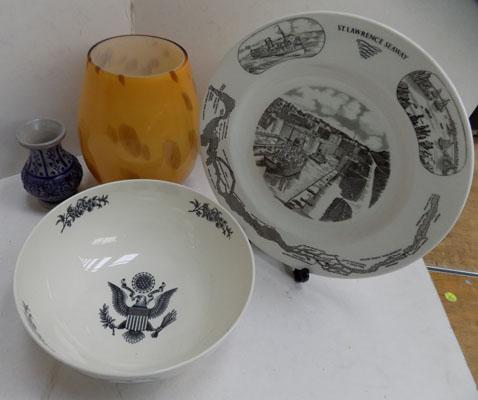 Box of mixed pottery and ceramics incl. unusual American style bowl and plate