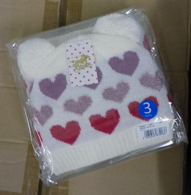 1 box of 72 Tottie knitted hats (new)