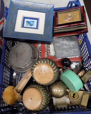 Mixed tray of collectables