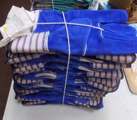 10 Pairs of new hide/leather blue heavy duty rigger/garden gloves