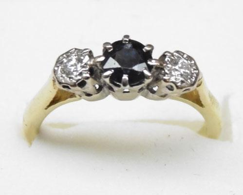 18ct gold and platinum diamond and sapphire trilogy ring approx. size L1/2