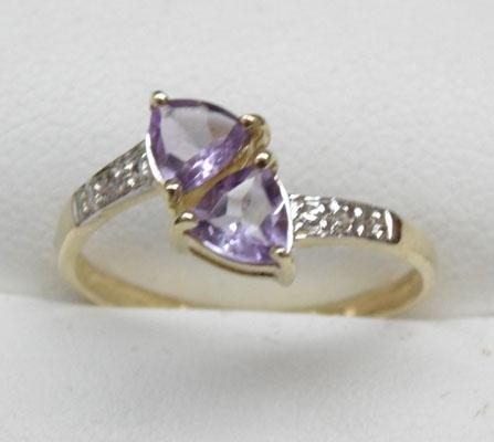 9ct gold amethyst and diamond ring size O1/2