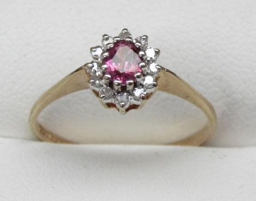 9ct gold ruby and diamond cluster ring size O